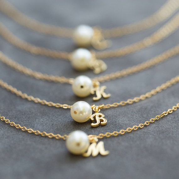 Wedding Gift Jewelry Suggestions : Bridesmaid Bracelet, Pearl & Initial Jewelry Gift Set of 5, Gold ...