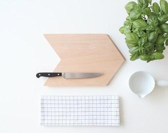 SNUG.CHEVRON  cutting board