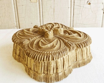 Vintage Syroco Wood Trinket Box - Ornate Faux Ruffles and Bow - Felt Lined - 1930s - Shabby Chic
