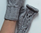 Sale!!! Owl Fingerless Mittens // Cable Knit Fingerless Gloves // CHOOSE YOUR COLOR // Winter Fashion Accessories