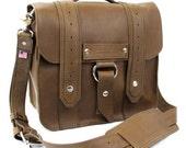 """10"""" Brown Brooklyn Safari iPad Tablet Bag"""