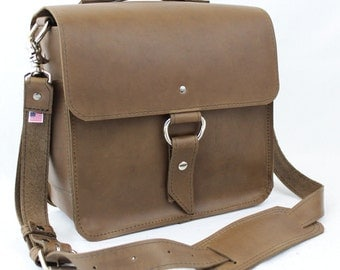 "10"" Brown Midtown Brooklyn iPad Tablet Bag"