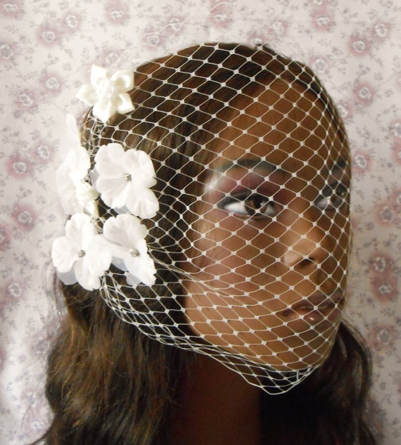 Glam Ivory Birdcage Veil With Flowers