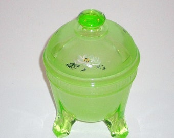 Green Glass Powder Dresser Jar Vintage