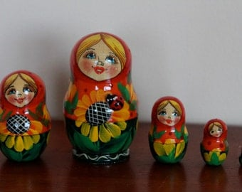 Nesting  Matryoshka  dolls with ladybug and sunflowers  babushka dolls set of 5