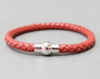 Braided Leather bracelet with magnetic closure(Red)