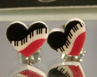 Piano Hearts stud earrings