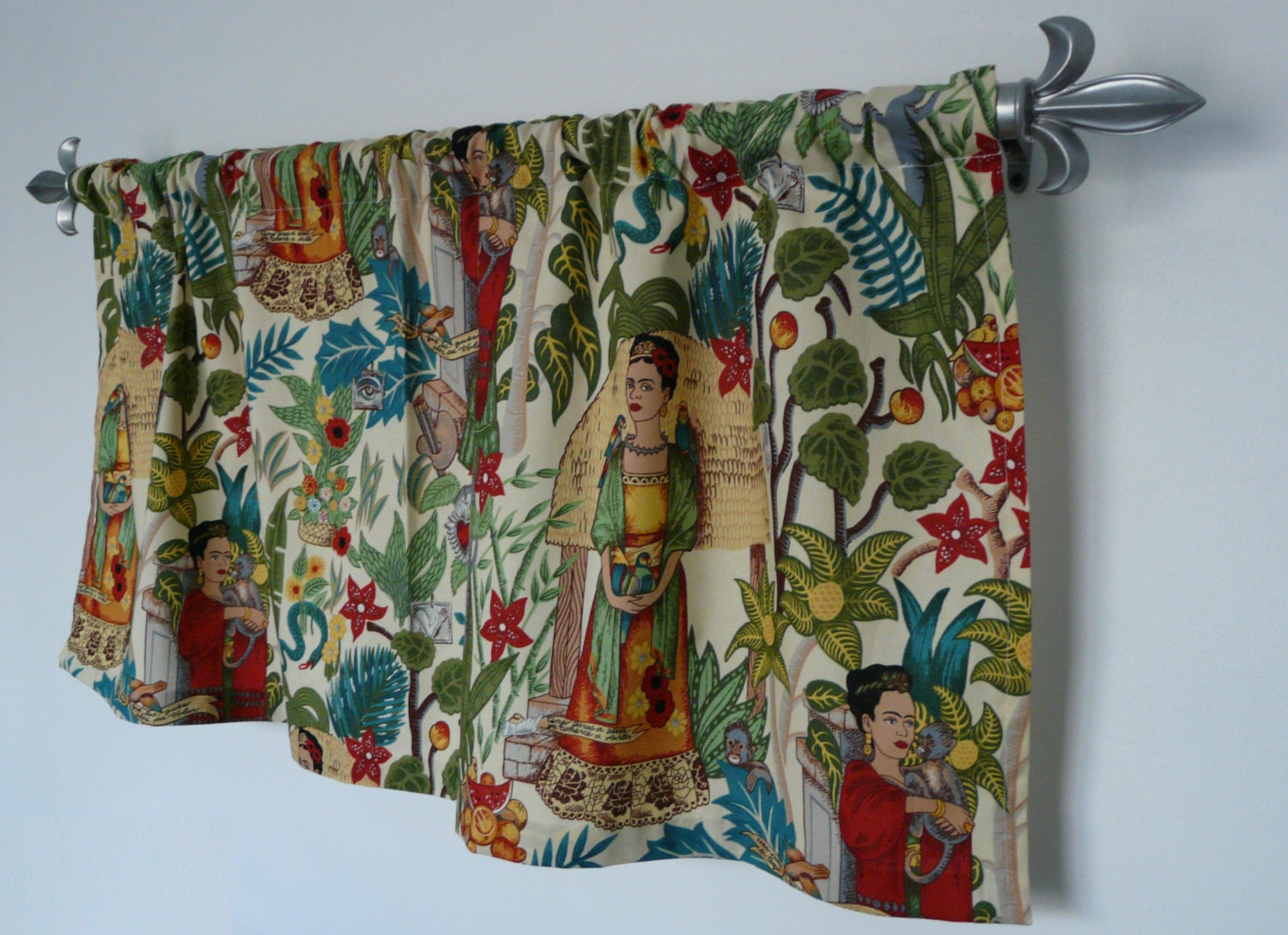 frida kahlo home decor artsy cafe frida by paisleyladydesigns frida kahlo home design ideas pictures remodel and decor