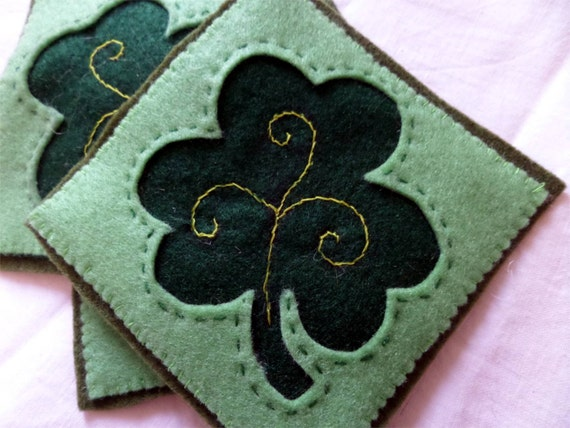 Set of Four Green Felt Coaster with Embroidered Clover Leaf