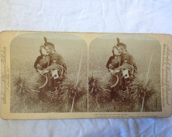 1895 Stereograph - Romantic Scottish Couple in Corn Field - in Tartan Cutting Rye