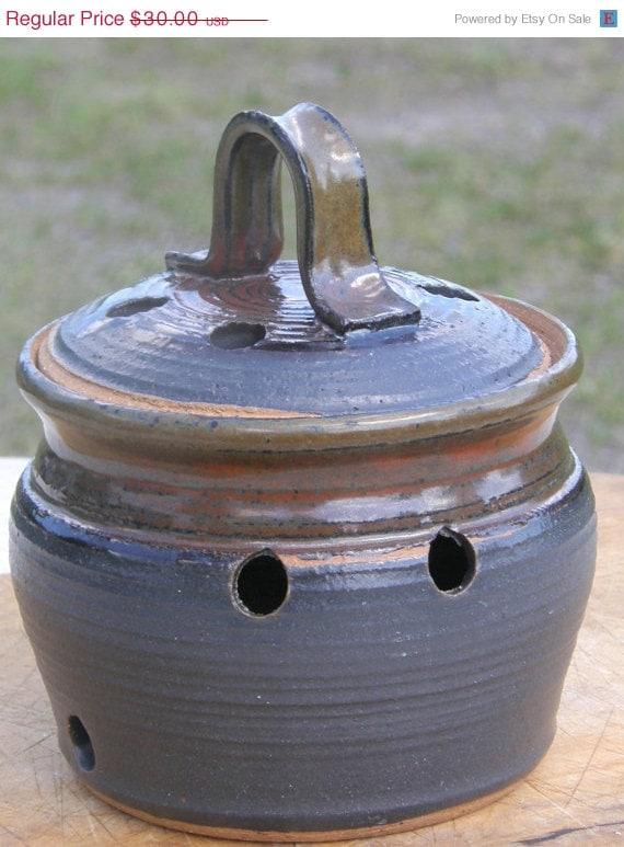 ON SALE Stoneware Pottery - Garlic Jar - Red and Black Glaze.
