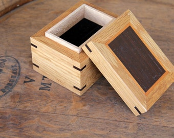 Wooden Jewelry Ring Box - Quarter Sawn White Oak / Wenge Inlay / Cherry Accent