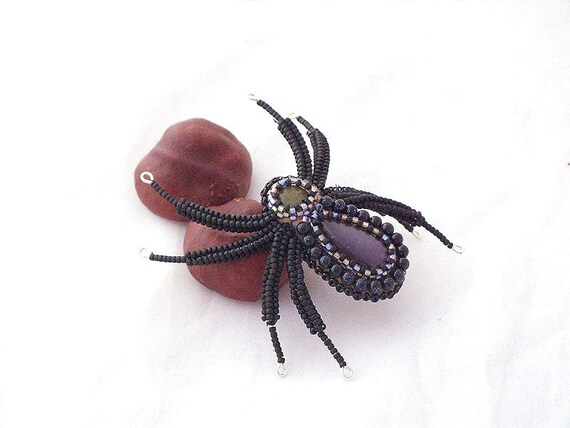 """Spider brooch, beads embroidery brooch  with """"cats eye""""  cabochon, creepy jewellery- fashion jewelry- animal brooch"""