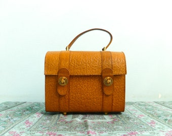 Vintage leather box bag / purse / handbag / beauty case / caramel brown / sturdy / 70s