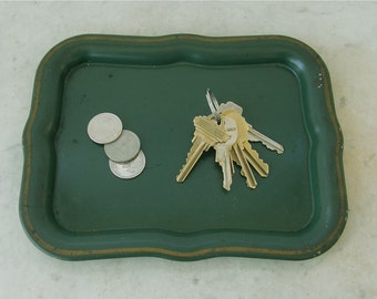TOLEWARE PIN TRAY Deep Green with Gold Trim Scalloped Edges Dresser Size Serving Tray Old American Toleware Early 1900's Free Shipping!