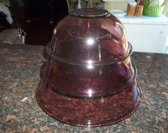 Set of 3 Pyrex Cranberry Glass Mixing Bowl with scratches