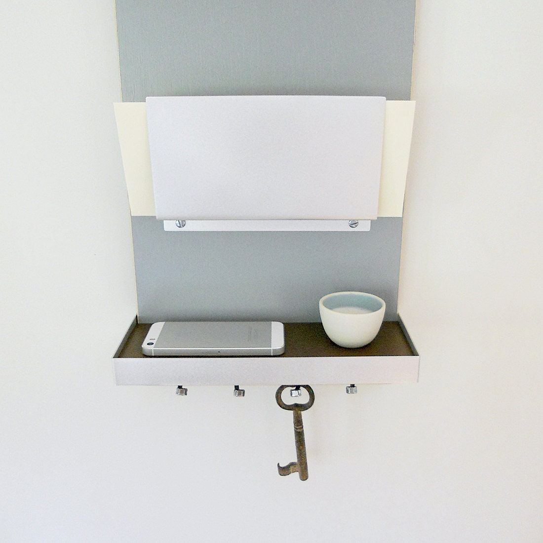 IPHONE MAIL KEY Center Modern Wall Mounted Organizer with Shelf and Key  Hooks for Home Entry
