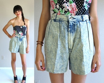 vtg 80s ACID WASH high waisted Denim SHORTS pleated xs/s cut off jeans hipster