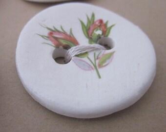 6 Rosebud Pattern Glazed White Ceramic Buttons