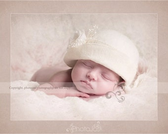 Newborn Cloche Hat. Lady Mary Cloche Hat. Baby Cloche Hat.Newborn Vintage Style Cloche Hat. Felt Cloche. Newborn Photography Prop. UK SELLER
