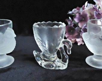 3 Vintage Egg Cups Hen Swan Egg Cup Glass Egg Cups