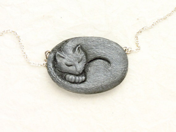 Cat Necklace - Sleeping Kitten