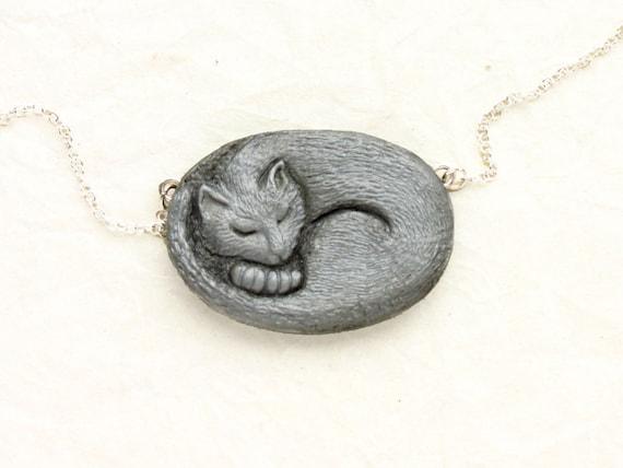 Cat Necklace - Sleeping Kitten