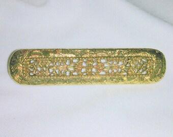 Vintage Ornate Gold Tone Bar Pin