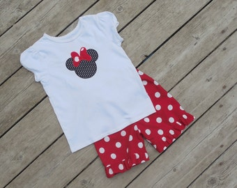 Girl's Toddlers Ruffle Shorts and Shirt Outfit - Shorts with Personalized Minnie Mouse Ears Shirt