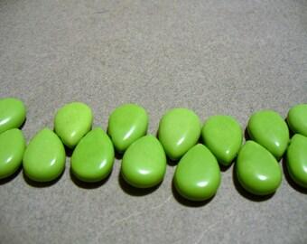 Chalk Turquoise Green Teardrop 15x10mm