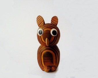 Vintage Handcarved Wooden Owl Sculpture Figurine