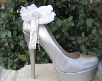 Bridal Shoe Clips White dreams