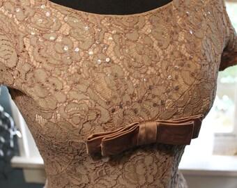 vintage mauve rose lace evening dress size 0-2