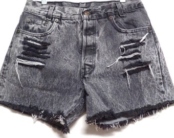 29 inch waist........Levis Acid Wash black LEVIS  Denim Shorts
