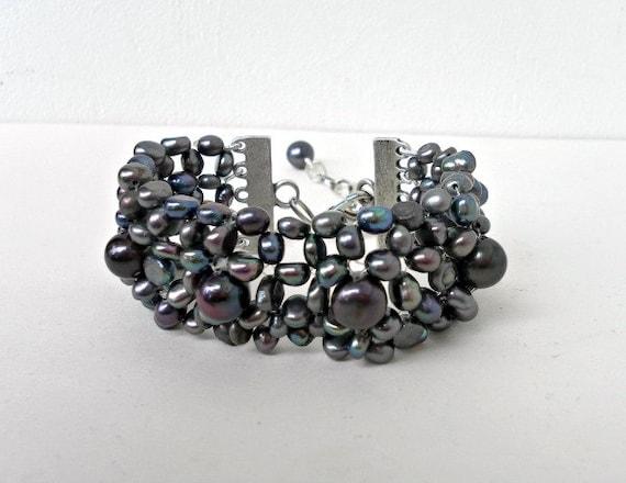 Real Pearl bracelet, wedding bracelet, black freshwater pearls, mother of the bride, bridesmaid jewelry, Beaded bracelet