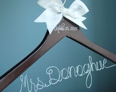 Bride Hanger, Dark Wooden Hangers, Calligraphy Hanger, Personalized Wooden Wire Bridal Hanger, Gift For Her, Maid of Honor Gift,