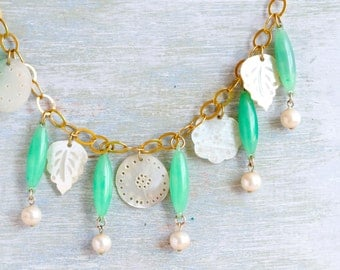 Green and Gold Necklace with Mother of pearl - Boho Jewelry