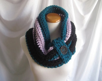 Cowl Chunky Bulky Button Crochet Cowl:  Teal, Purple Lilac and Black with Black Button