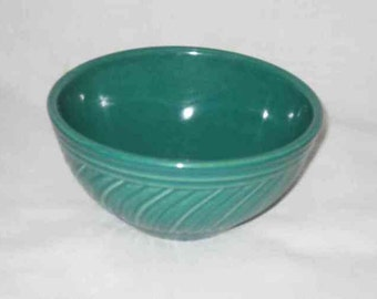 Neat Vintage USA Green Swirl Ribbed Crockery Mixing Bowl