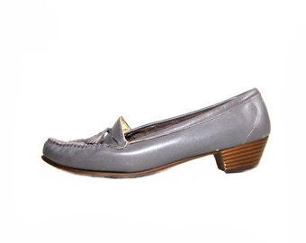 70s Womens Clothing Vintage Shoes 8 .5 - size 8.5 - leather grey