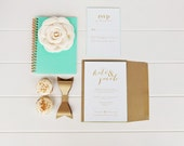 Kate II - Dotted Invitation Set with Color Detail - 25 Invitations