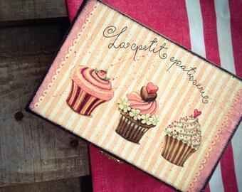 Cupcake Picnic Box, Cottage chic Chest, Keepsake Box , Rustic Cookie box