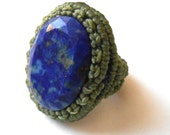 Macrame ring with faceted lapis lazuli stone