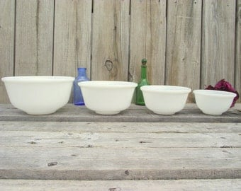 4 Hazel Atlas Mixing Bowl Nesting Set Milk Glass - Rare bowls set