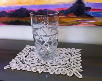 Vintage Lace Doily - Crochet Table Runner - Dresser Scarf Doilies