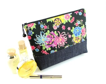 Large Cosmetic Bag,Travel Pouch,Bridal Shower Gift Favor,Makeup Pouch Flowers Chrysanthemum Black