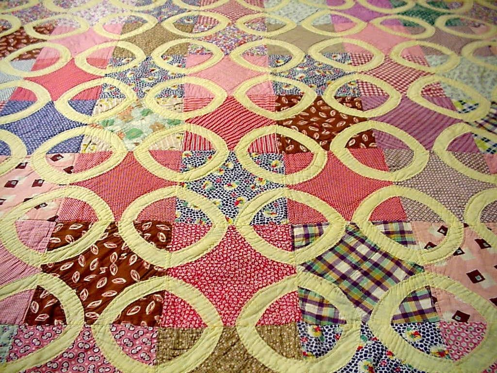 Vintage Patchwork Quilt 1930s Feedsack Geometric Circle Hand
