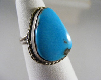 Vintage  Southwest Turquoise Ring in Coin Silver  Lot 3488