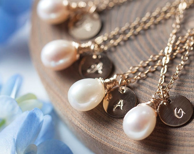 Featured listing image: Set of 5: Personalized initial and Freshwater Pearl Gold Necklace, Bridal Party jewelry, bridesmaid gift set, Romantic weddings-Fifi LaBonge