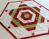 Christmas Table Topper - String Star Mini Quilt - Candle Mat - Christmas Quilt
